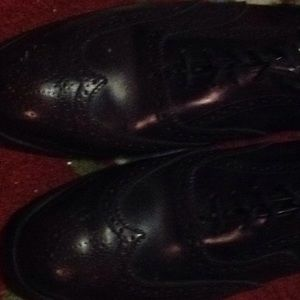 Nun Bush wingtip shoes